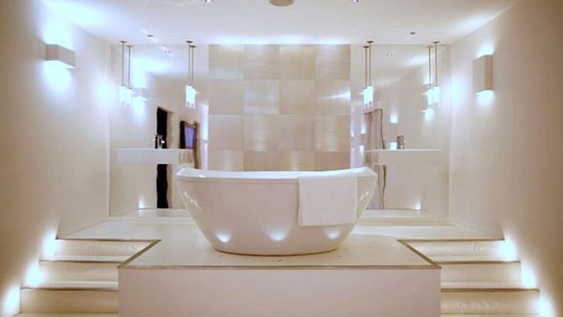 نورپردازی توکار برای سقف سرویس بهداشتی و حمام
